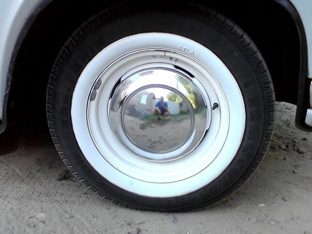 на ГАЗ-21 шины /диски НОВЫЕ