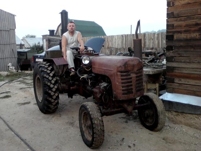 Продам трактор ДТ-20