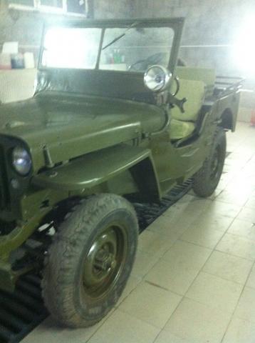 Продаю джип Willys цена 10000$(Долларов)