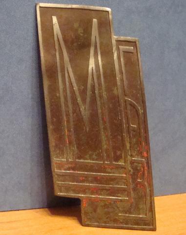Эмблемка ГАЗ-М1 Эмка