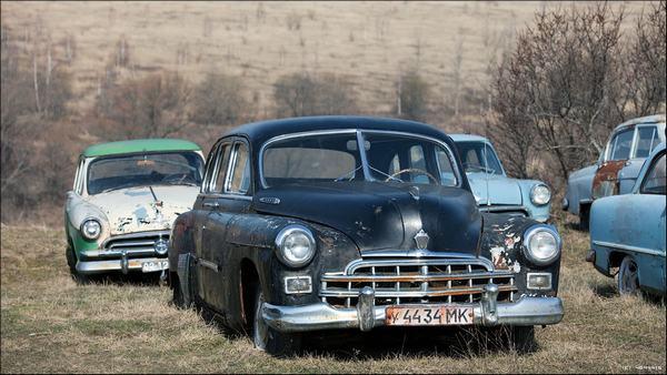 Продаётся коллекция из 4 автомобилей