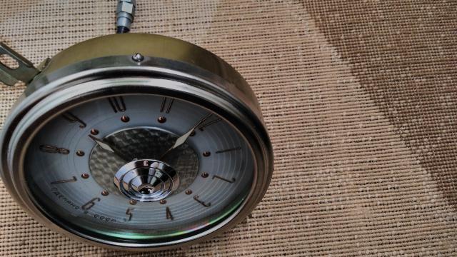 Часы Газ 13 Чайка