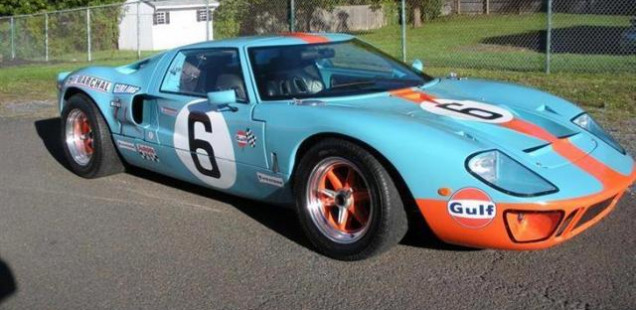 2004 Ford GT 40