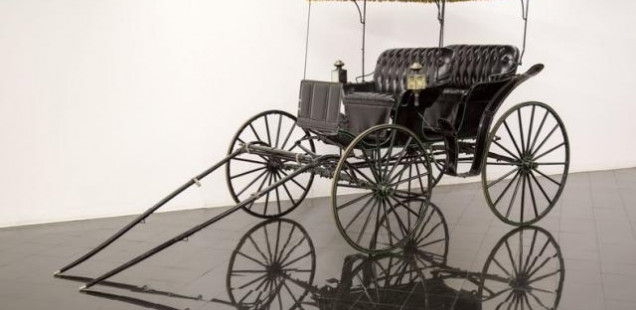1920 Horse Drawn Surrey Carriage